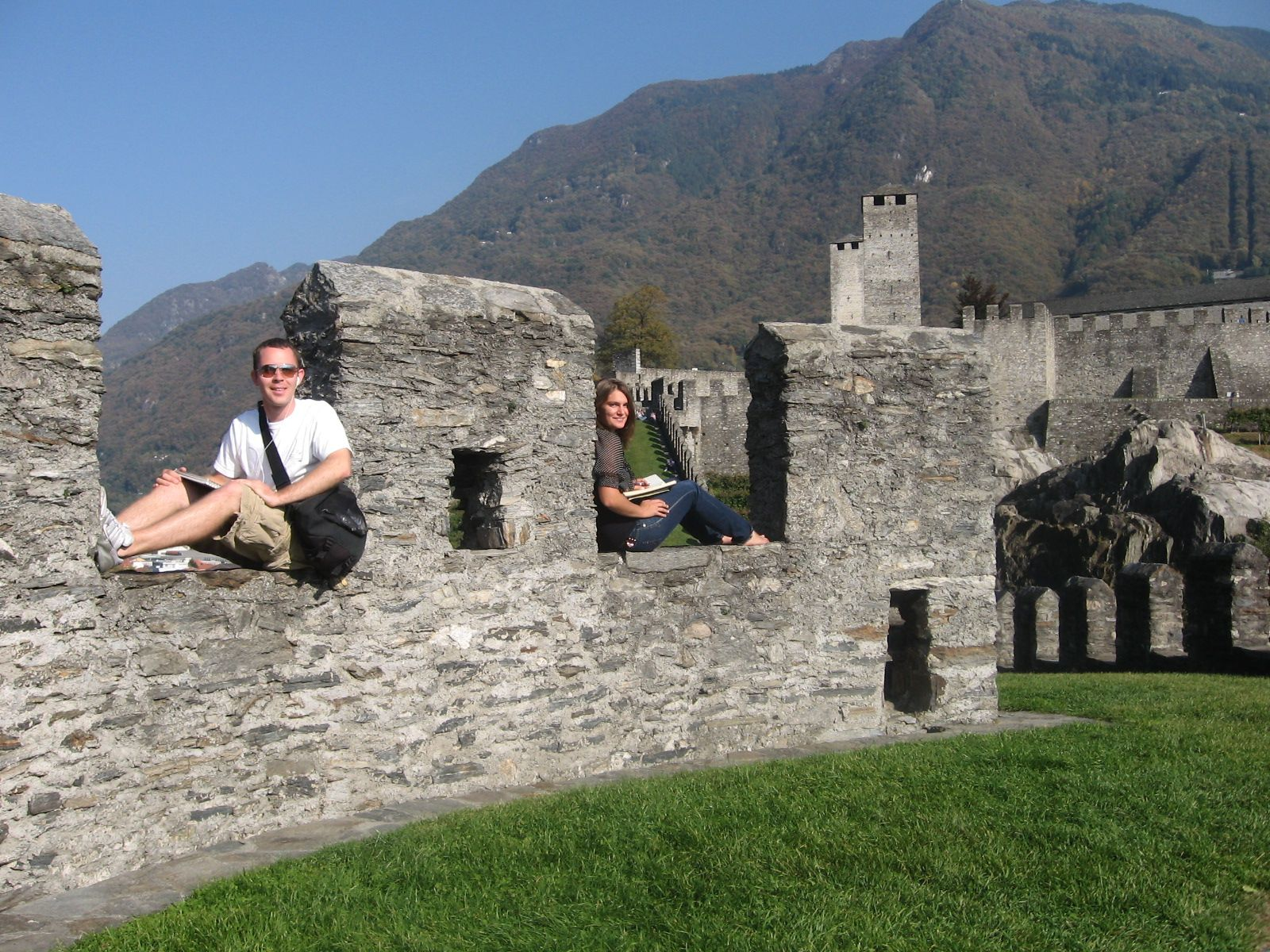 Hokies Abroad Finalist Jesserobeson Castlesketching Photo Photo Contest Abroad