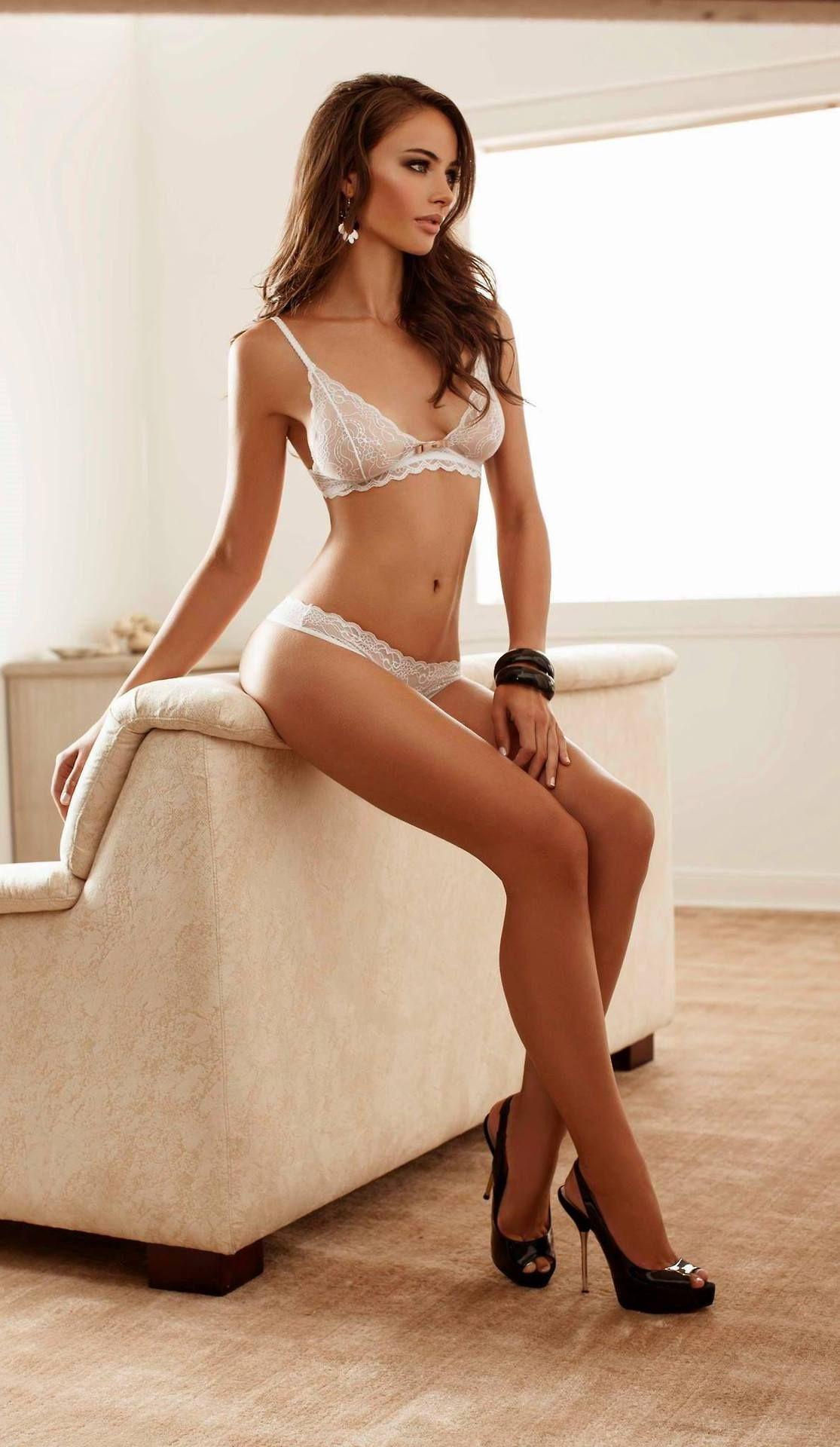 sexy model in heels! beautiful body, nice long legs! calendars of