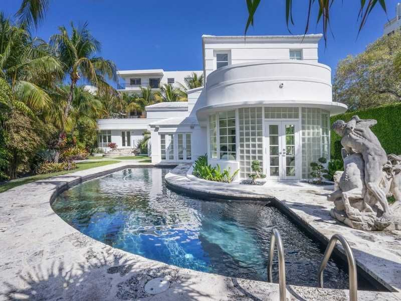Miami Beach Art Deco Masterpiece For Sale Miami Art Deco Beach Art Deco Art Deco Buildings