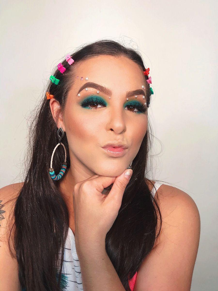 Pin de Andressa Gomes Maquiagem Bel em Passo a passo