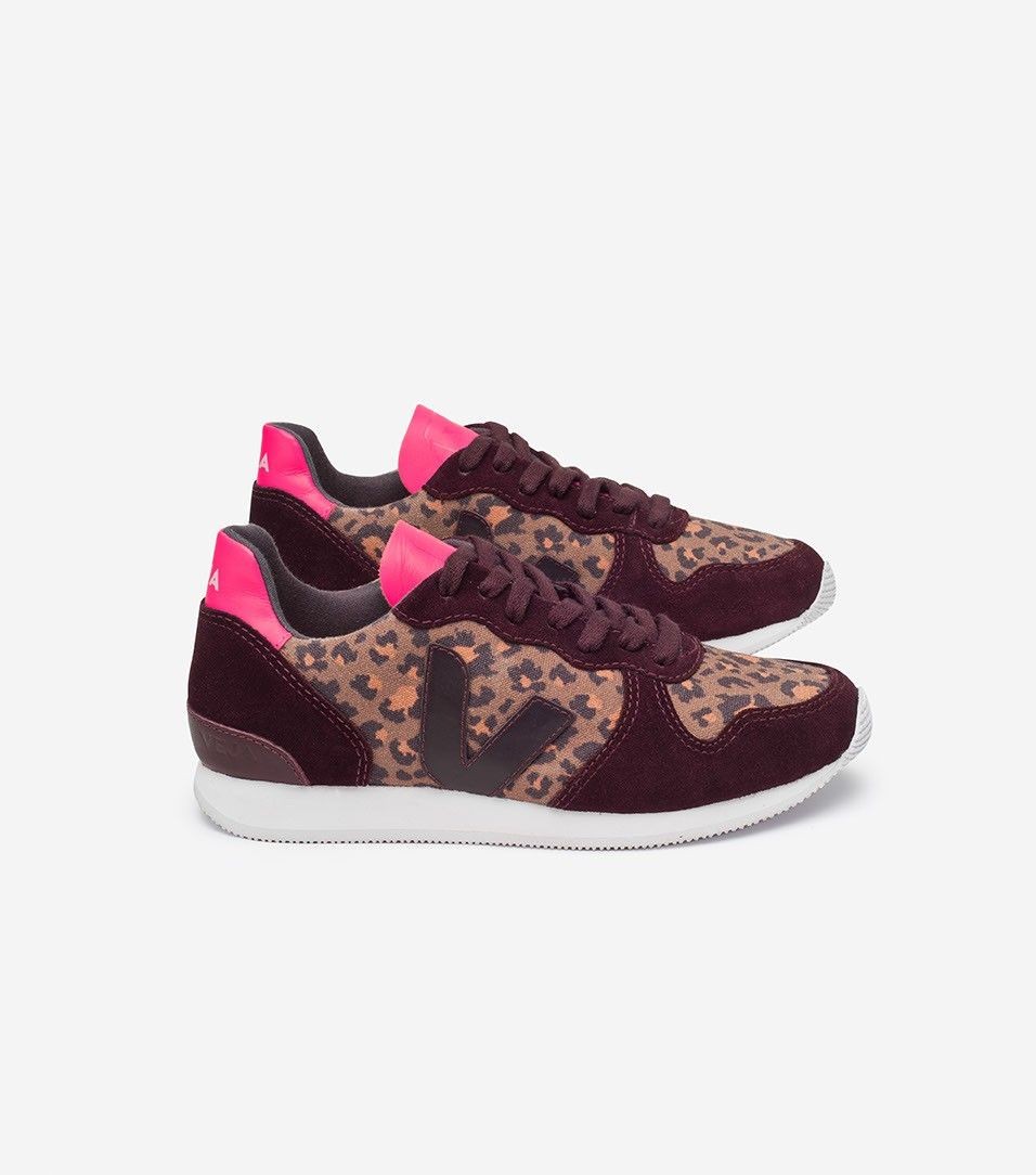 Veja Store HOLIDAY LOW TOP SUEDE