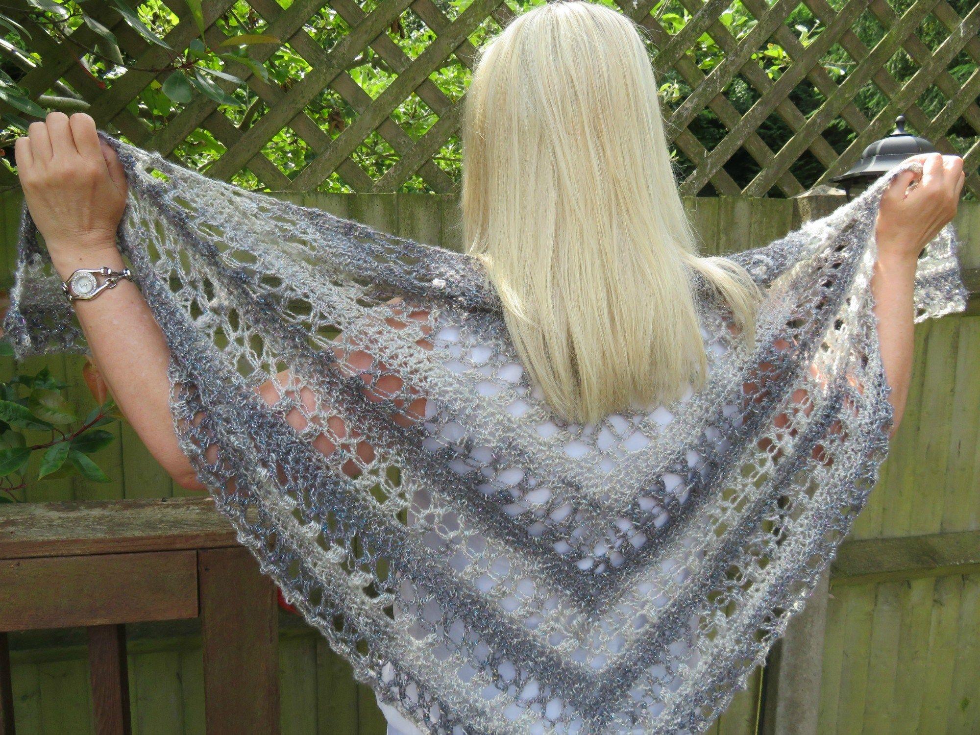 Ocean Kiss Summer Shawl Crochet Pattern | Shawl, Crochet and Patterns