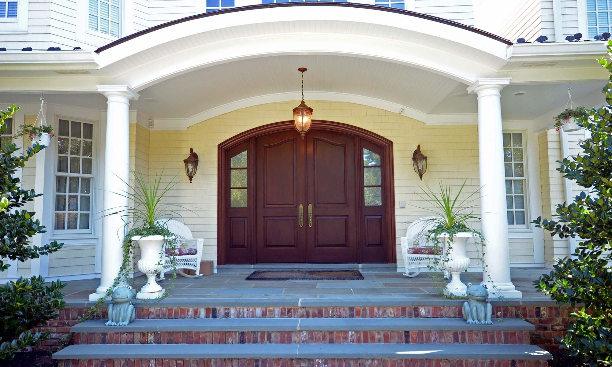 Arched Front Door Red Brick House Porch Colors Red Brick House Front Door Colors