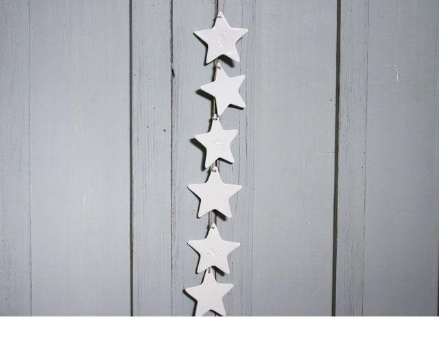 Blanc Mobili ~ Ce superbe mobile comprend étoiles en porcelaine blanche