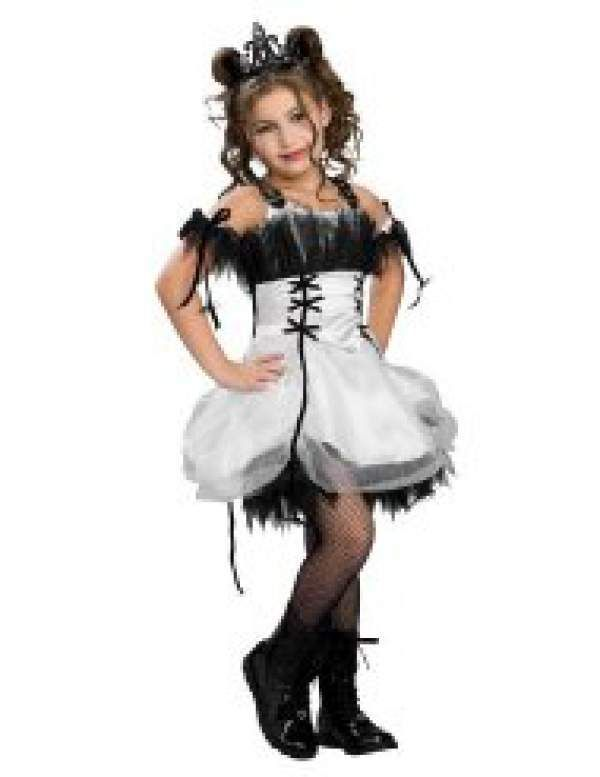 e3efca9eb1a 17 needlessly sexy Halloween costumes for little girls