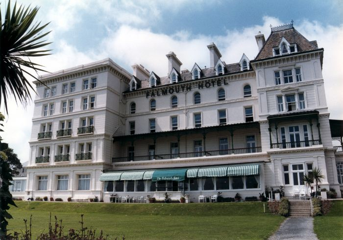 Hampshire Postcard Royal Beach Hotel Southsea Portsmouth A8379 Deadflowers 3 Pinterest Hotels And