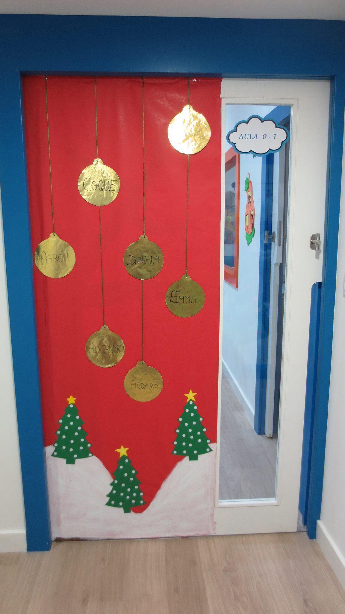 Puerta pinteres for Decoracion puertas navidad