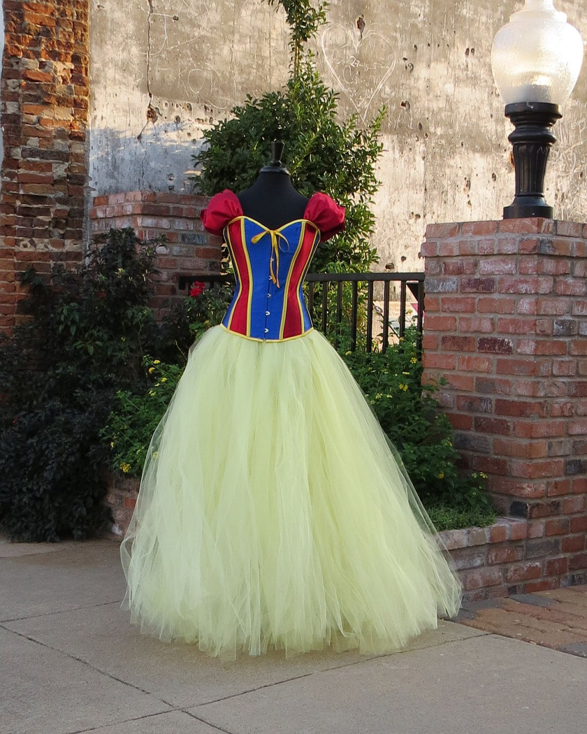 Snow white apron etsy - Adult Snow White Costume Skirt Beautiful Tulle Skirt For Your Halloween Costume Cosplay Fairytale