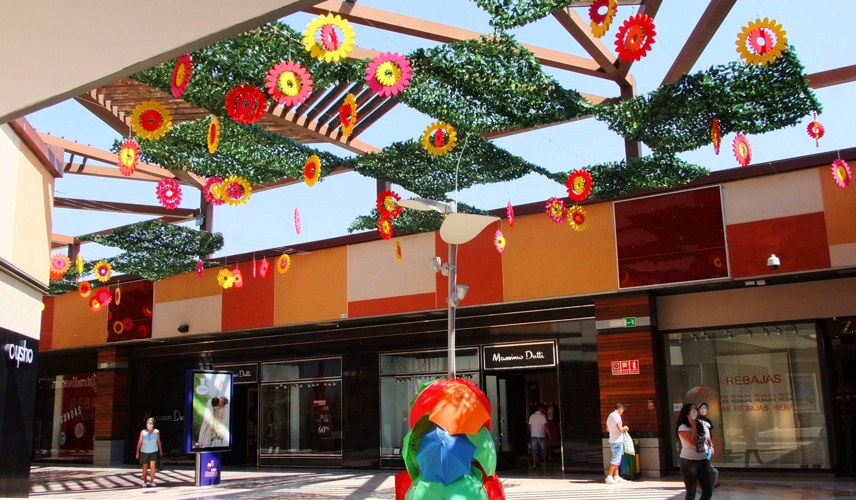 Pin De C C Parque Almenara En Happy Flowers Verano 2015 Summer 2015 Parques Centro Comercial Flores