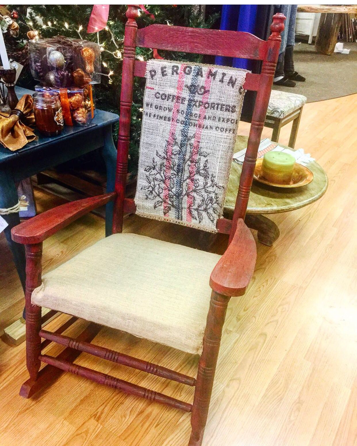 Throw Back Thursday!  One of Jayney's favorite designs our Rustic Barn Red Burlap Rocker last Christmas!  #throwbackthursday #tbt #christmasinjuly #jayneysdesign #coffeebag #vintage #upcycled#handcrafted#gorgous#nashvillesesjgn#nashvilleartist#rustic#country#shabbychic https://www.facebook.com/jayneysdesign/posts/778921285578148:0