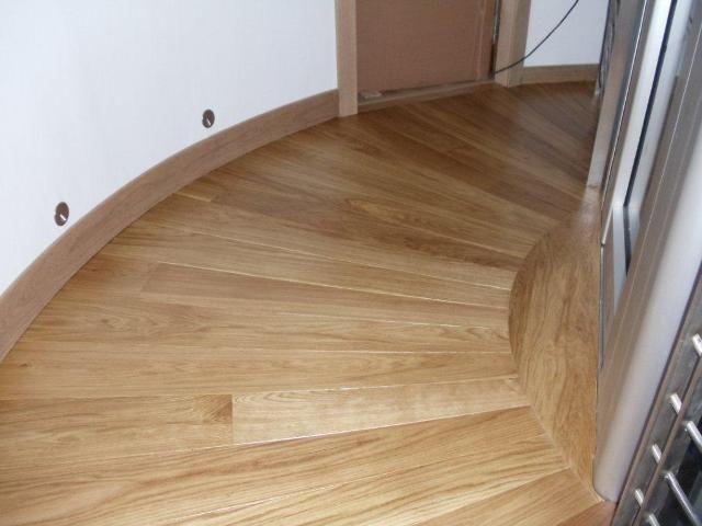 Strathearn Stone & Timber Ltd - Radial Landing with European Oak