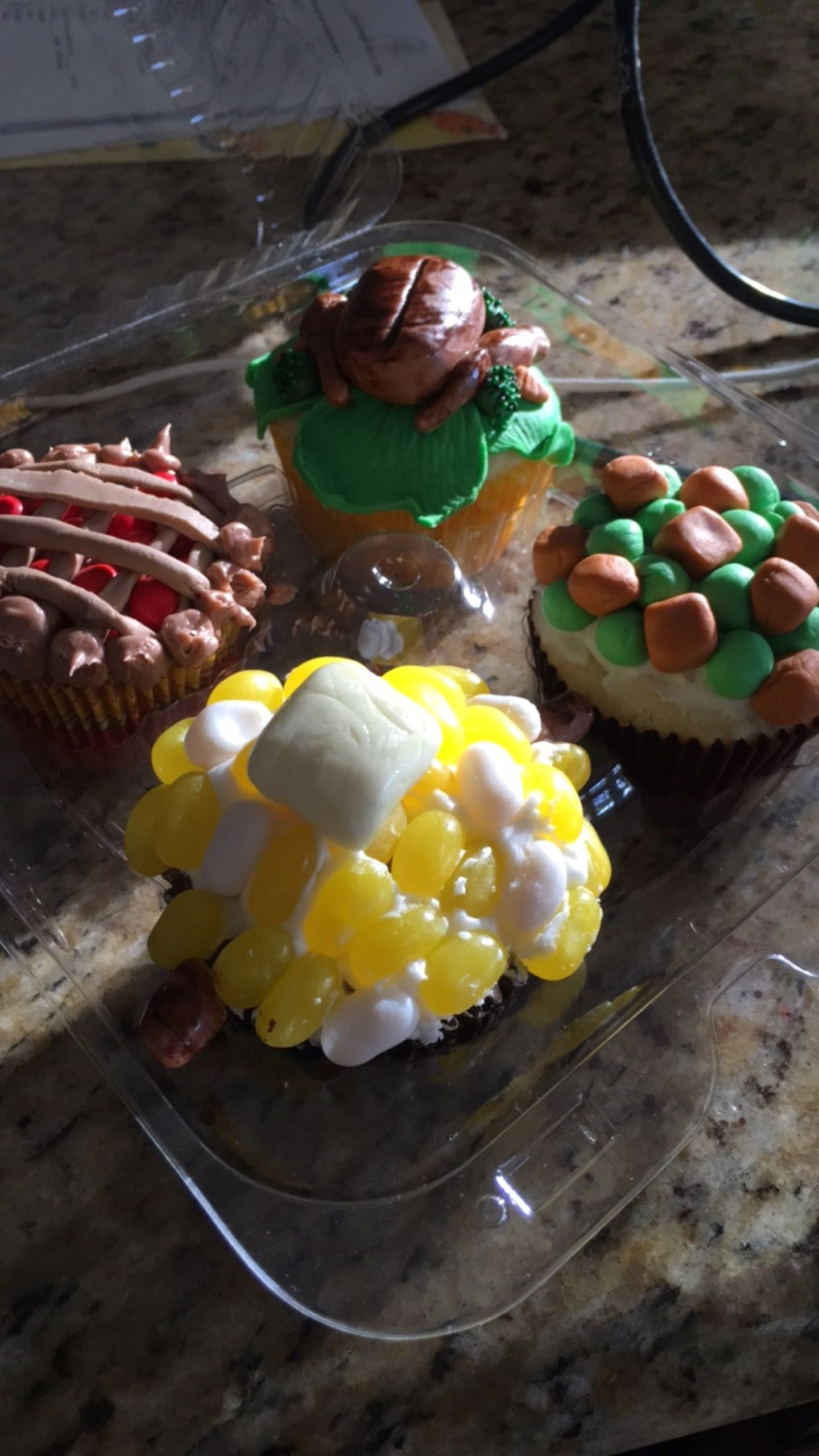 Homemade cupcakes. Thanksgiving style
