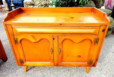 Hand Burnished Franklin Shockey Pine Server Buffet In Very