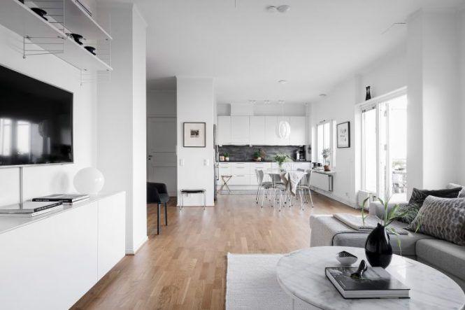 Pequeño piso con vistas Tiendas decoracion, Pisos y Vistas