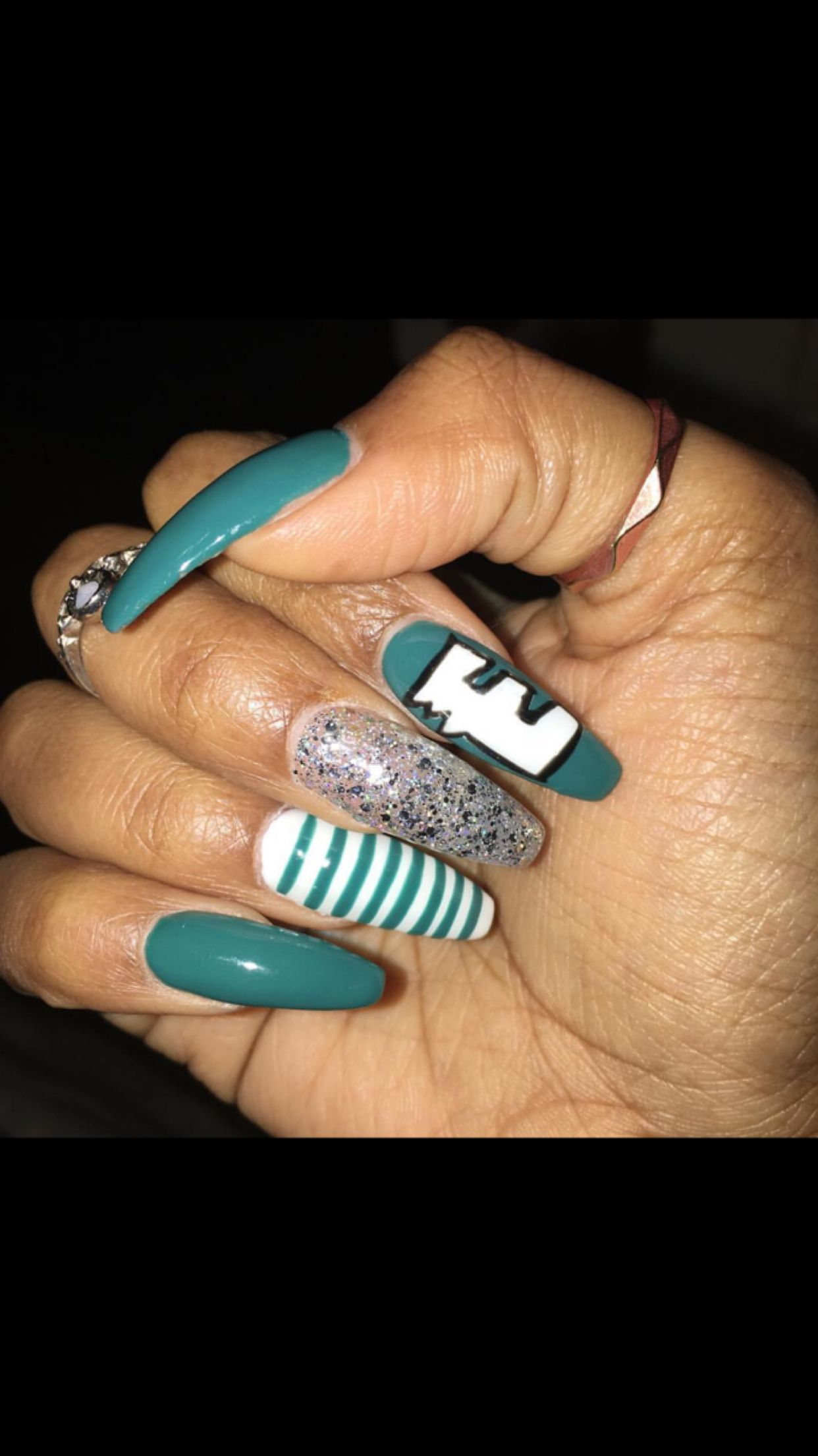 Philadelphia Eagles Nails | Long stiletto nails | Pinterest | Long ...