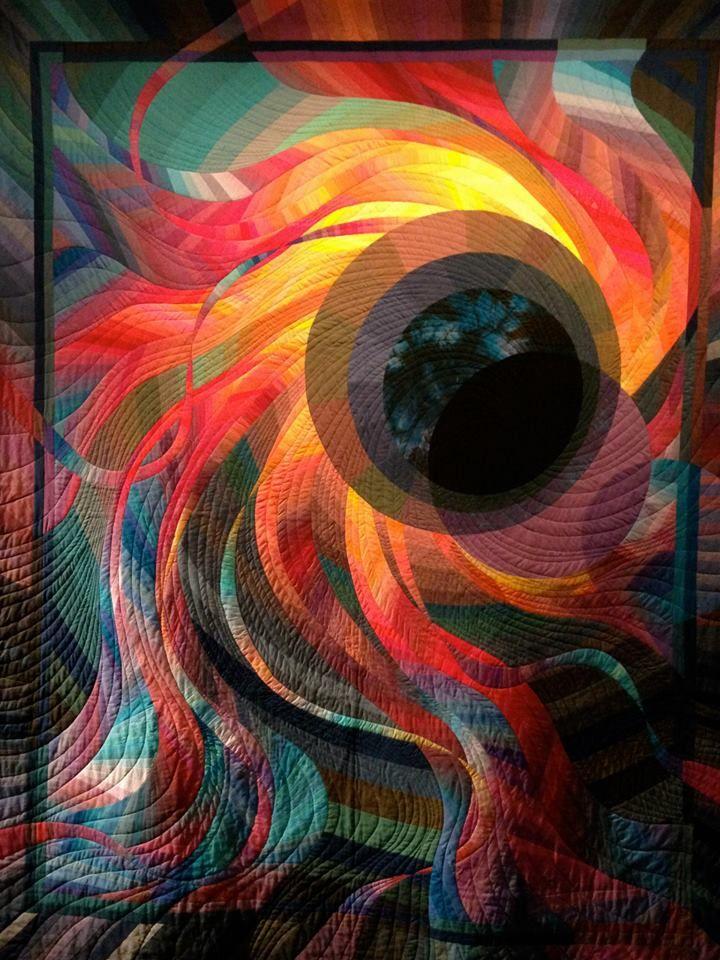 Corona Ii Solar Eclipse Caryl Bryer Fallert Colection Of New England Quilt Museum Art Inspiration Art Quilts Art
