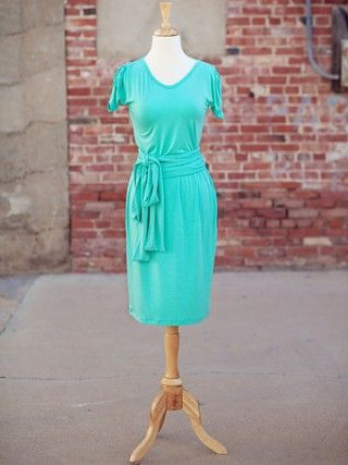 This dress can be casual or elegant, depending on how you accessorize.  The rouched sleeves give the right amount of detail while flattering the arms. Perfect for Spring/Summer comfort and modesty. The double tie belt gives shape to the waist.  You will see this color everywhere in fashion trend reports and weddings. Pull-on dress, no zipper or buttons.