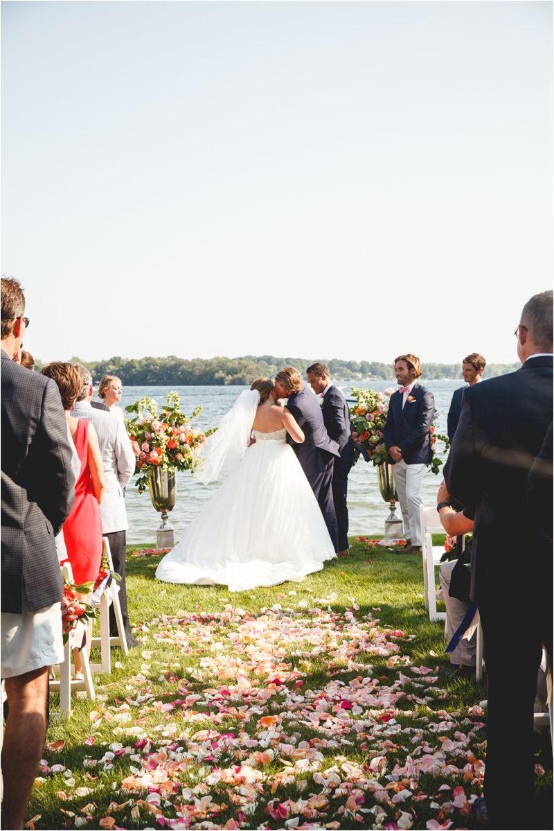 Lake Minnetonka Wedding Tentwedding Mnwedding Nautical Elegant Photo By Janelle Elise Photography