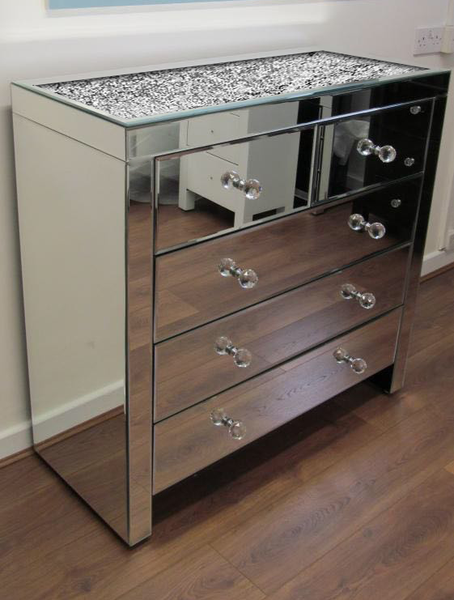 Diamond Crush On Top 5 Drawer Chest Of Drawers Description The