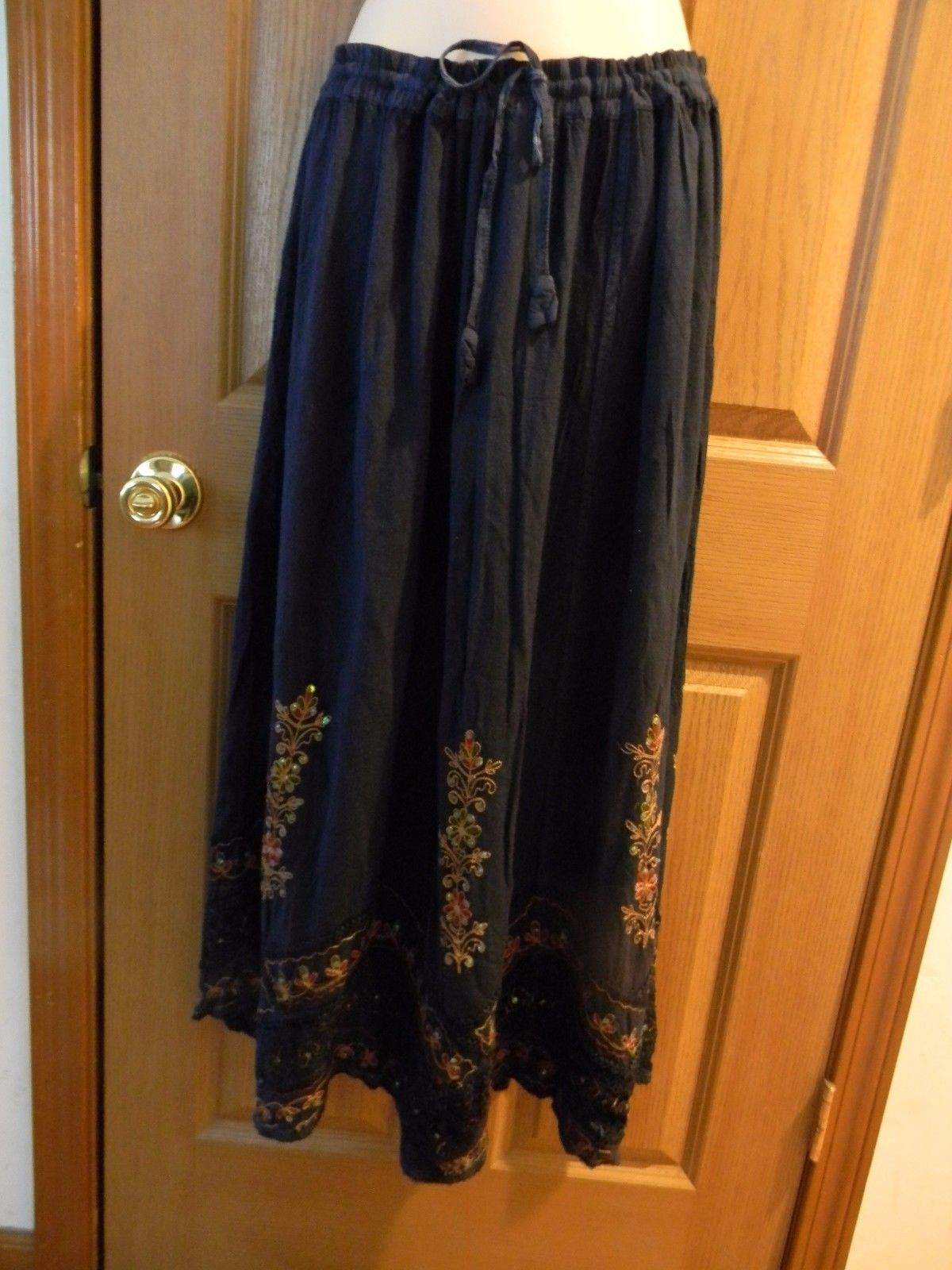 "SHORE LINE 39"" LONG 100% RAYON SKIRT XL W/SPARKLES SCALLOPED HEM INDIA LOVELY"