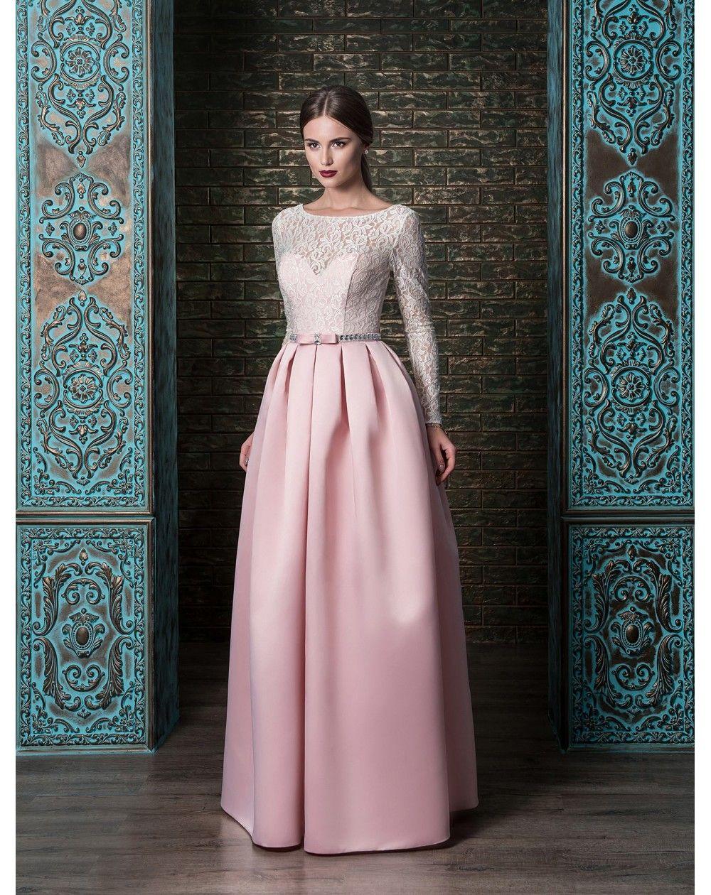 f742299ddebb Prekrásne luxusné večerné šaty so sukňou z pevného mäkkého saténu ...