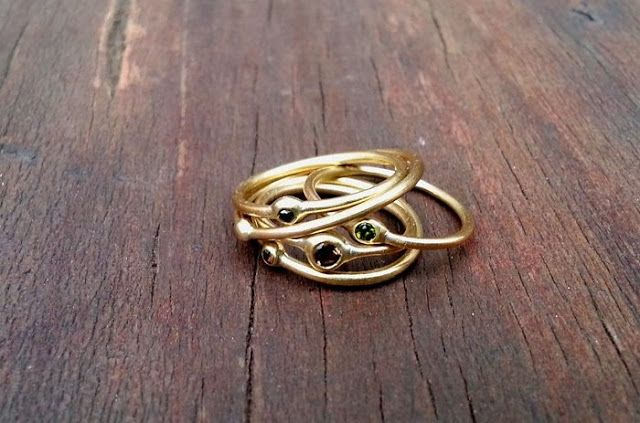 Pretty Mint: In my Jewellery Box: A Ring To It