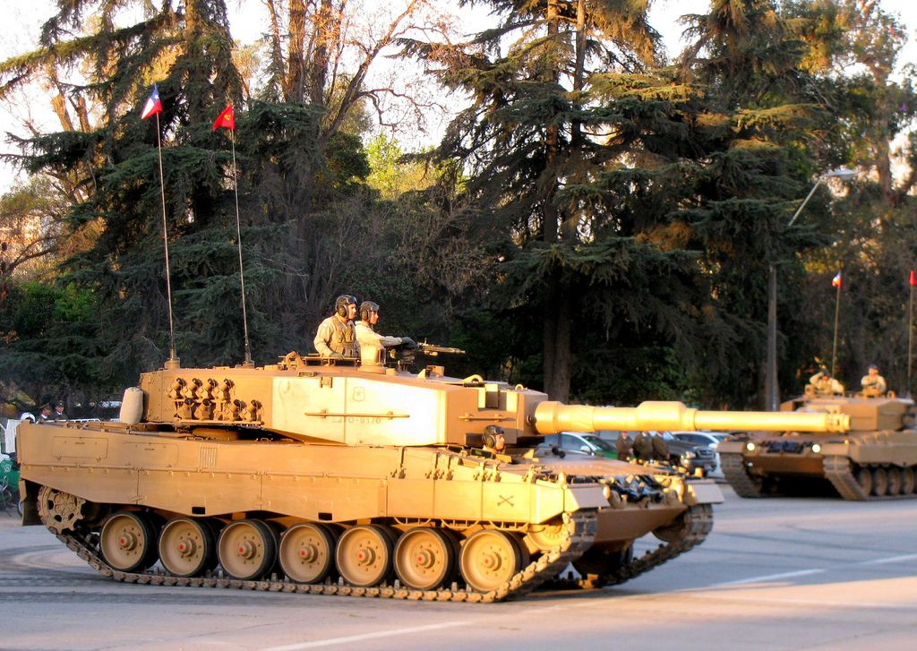 a6a824c39e2b Leopard 2A4CHL