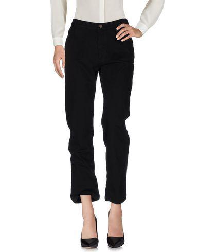ALVIERO MARTINI 1A CLASSE Casual Pants. #alvieromartini1aclasse #cloth #dress #top #skirt #pant #coat #jacket #jecket #beachwear #
