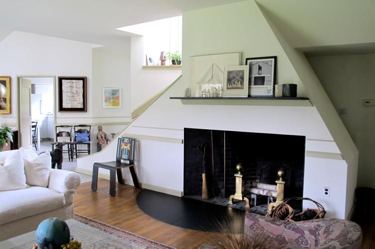 Vanna Venturi House Hearth