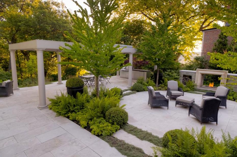 Green White Garden Location Toronto Canada Designer Janet