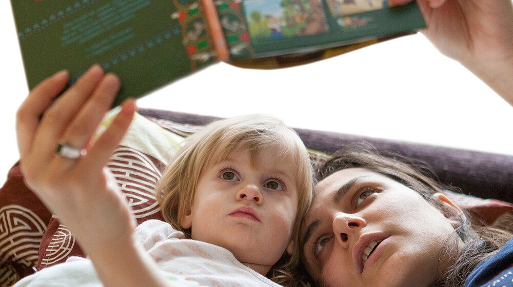 Small Bookstore Owners: 98% of Parents Prefer Reading to Kids from Physical Books, #life, #business,...
