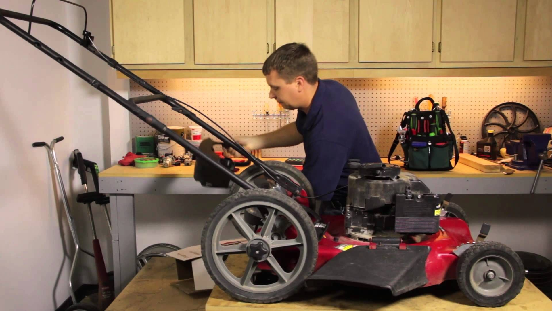 How To Fix A Leaking Lawnmower Gas Tank Lawnmower Maintenance Repair Lawn Mower Maintenance Lawn Mower Gas Tanks