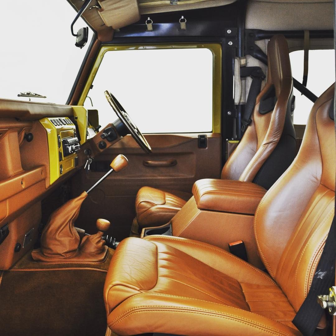 Retro Edition Interiors... #Twisted #TwistedDefender #Style #LandRoverDefender #Defender #LandRover #Handcrafted #Detail #Interiors #4x4 #Upholstery