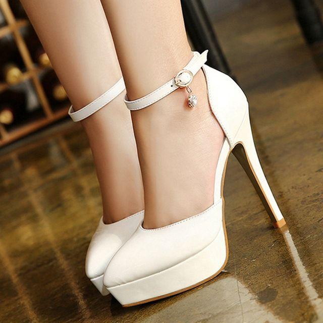 mujeres zapato con cierre de plataforma del alto talón de la boda