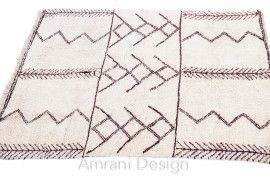 Tribal art at its finest #Handmade #MoroccanRugs  #VintageRug #interiordesign  Re-stocked at Amrani designs http://goo.gl/ASROIC