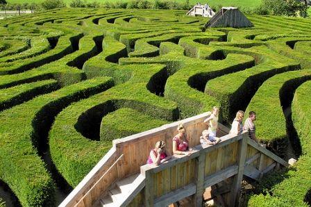 Longleat Safari Adventure Park Maze Hedges Amazing Gardens