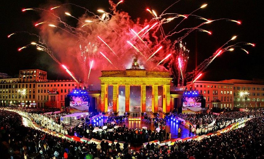 The 10 World's Best Places to Celebrate New Year's Eve
