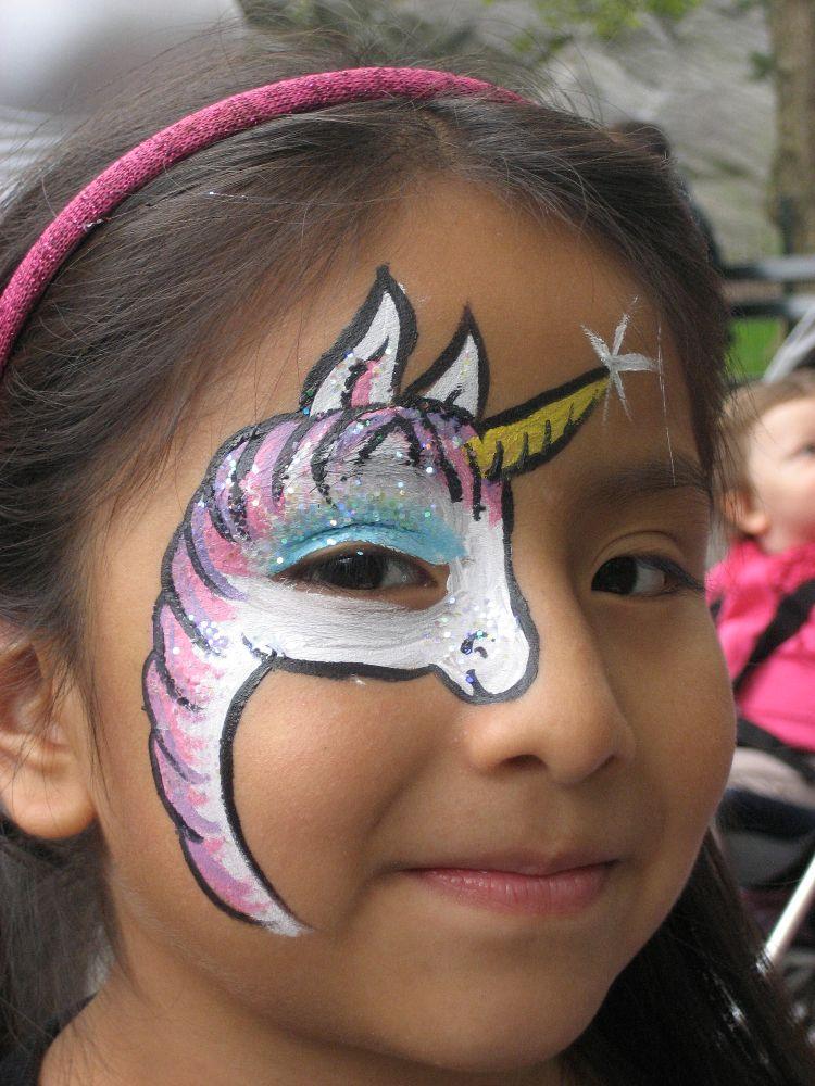 Schminken Einhorn Auge Madchen Ideen Zu Karneval Carnival