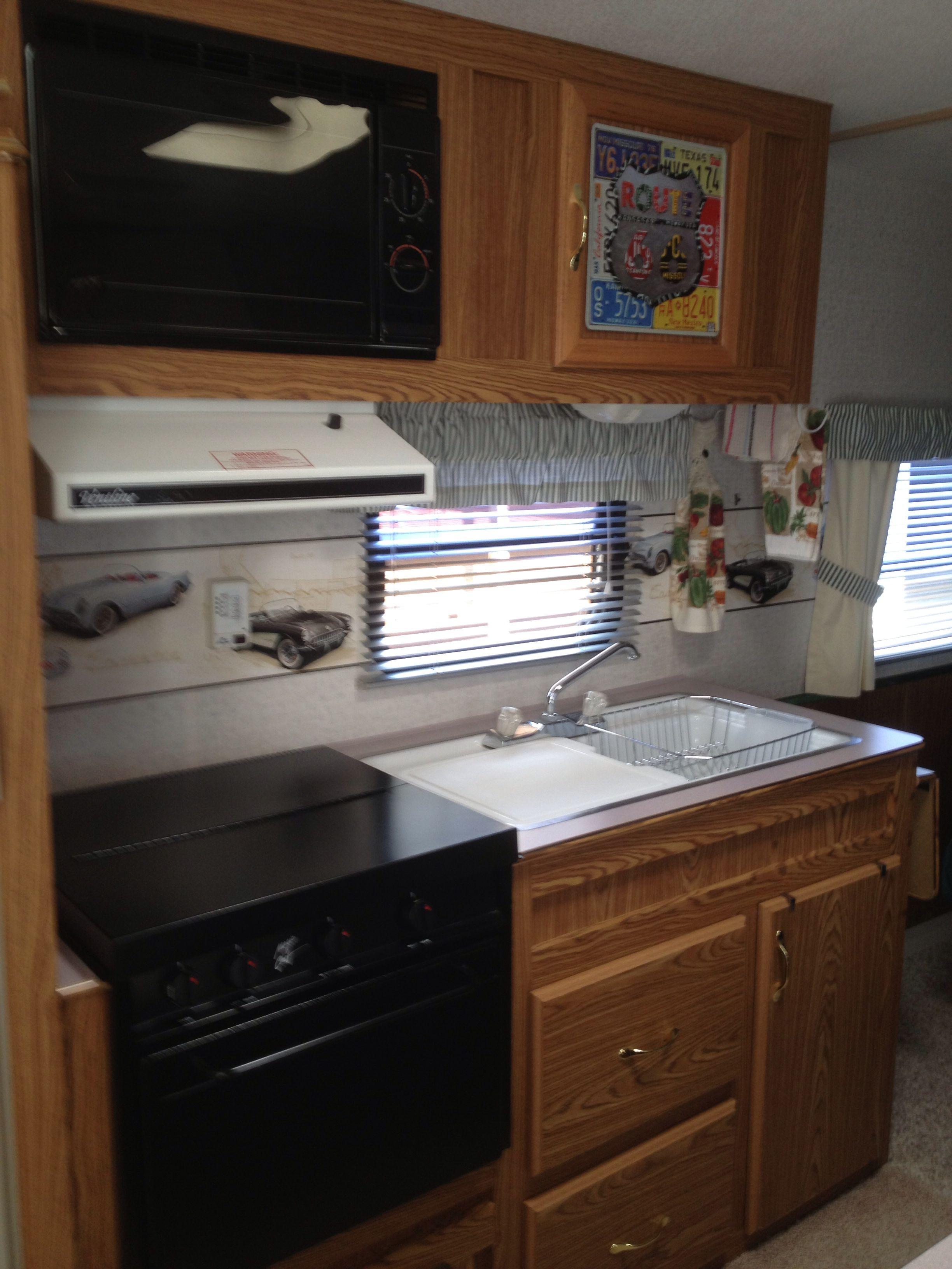 Kitchen In Our 1995 Fleetwood Mallard 22 Kitchen Kitchen Cabinets Home Decor