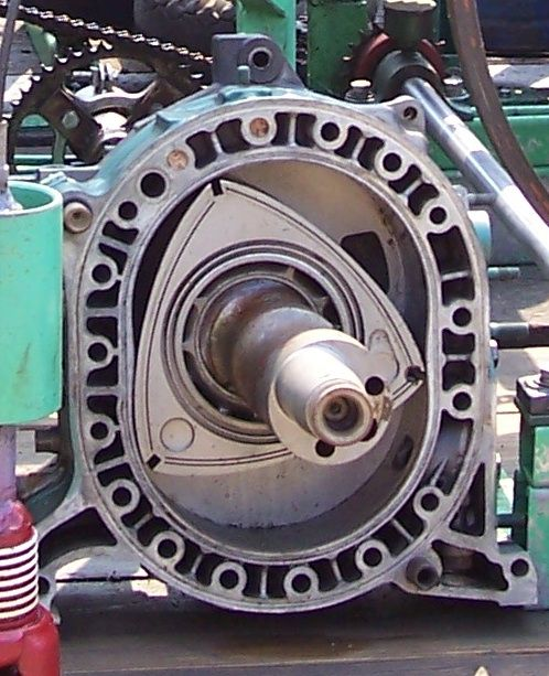 Rx7 Engine Used: Wankel_Rotary_Engine_from_Mazda_RX-7