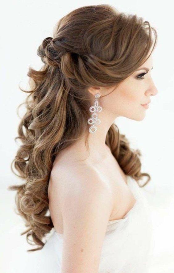 Brautfrisuren Lange Haare Romantische Wellen Hochzeitsfrisur Halboffen Brautfrisuren Seitlich Gesteckt Brautfrisuren Lange Haare Hochzeitsfrisuren Brautfrisur