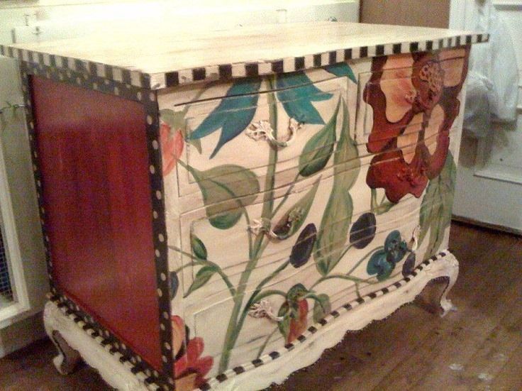 Dresser Hand Painted With Large Floral Design By Lucky Peach Designs Painted Furniture Hand Painted Furniture