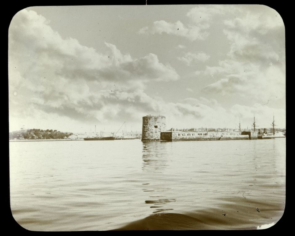 Fort Denison in Sydney Harbour in 1900. Fort, Outdoor