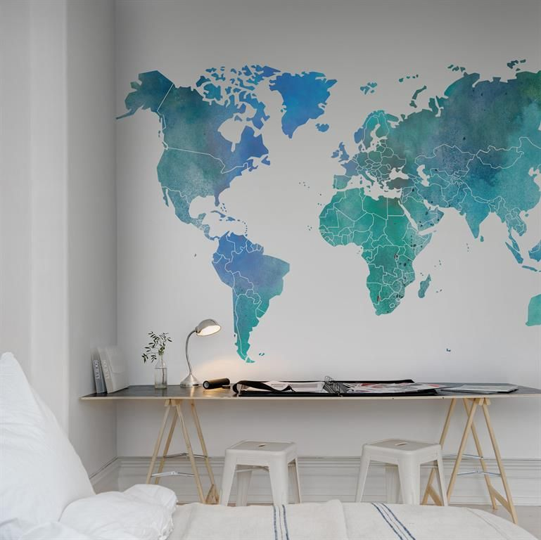 Papier peint carte du monde bureaux pinterest papier for Decoration murale carte du monde