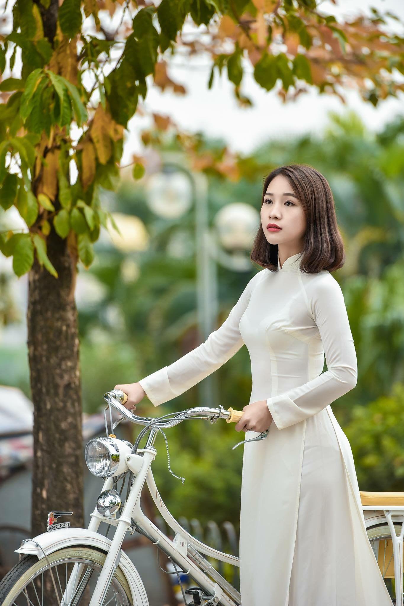 Ao Dai Trang White Dress Fashion Asian Woman