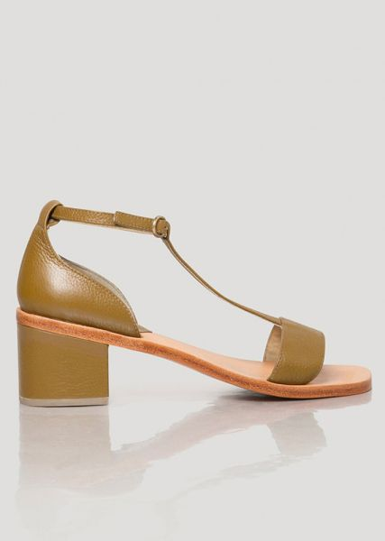 3ced5836157 50 Pairs of Low Heels That Won t Kill Your Feet—Trust