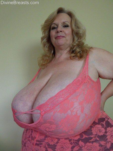 Sex hardcore boobs q suzy big