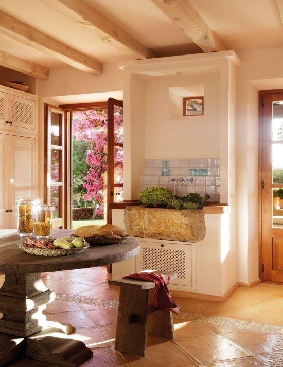 Home in Mallorca - DustJacket Attic