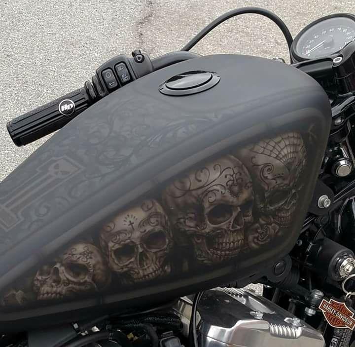 www.leethalbiker.com | Bike tank, Motorcycle paint jobs ...