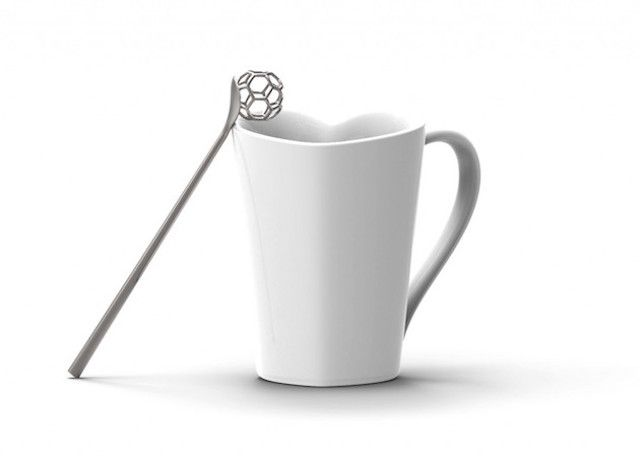 Hexagonal Honey Spoon, 2014 Miriam Mirri www.miriammirri.it via @fubiz  for #form